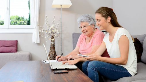 Dementia support and learning experiences using technology